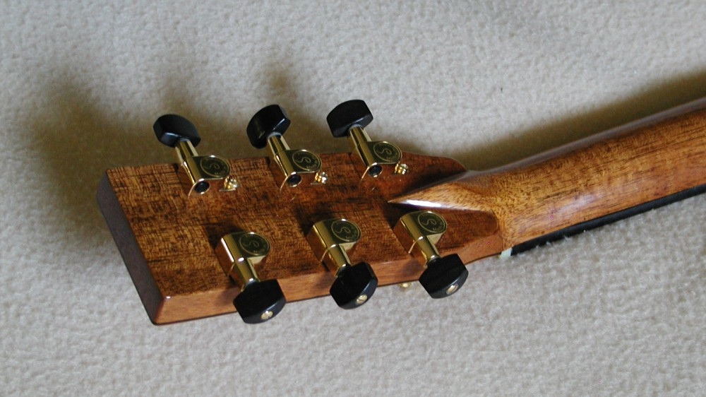 Old OO style in Yew with Adirondack Spruce top 3